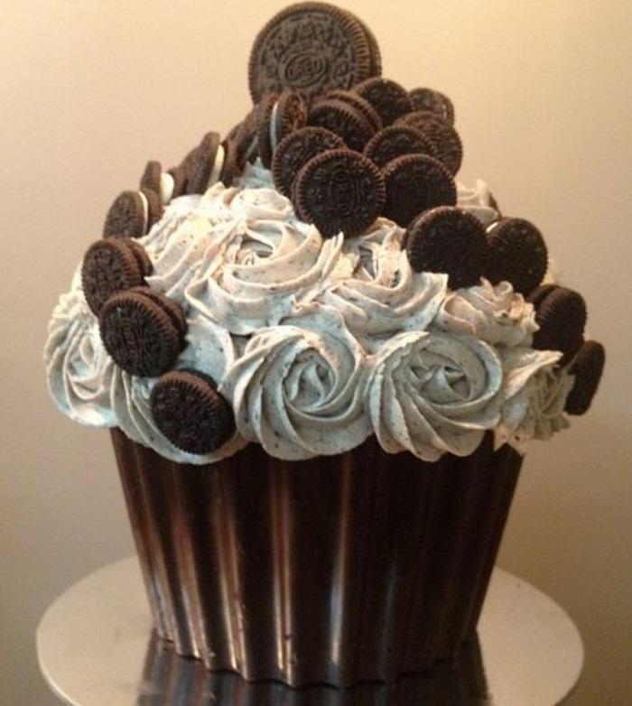 Giant Cupcake Recipe Chocolate Oreo Giant Chocolate Cupcake